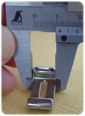 フェンダーUSAは約11.2mm