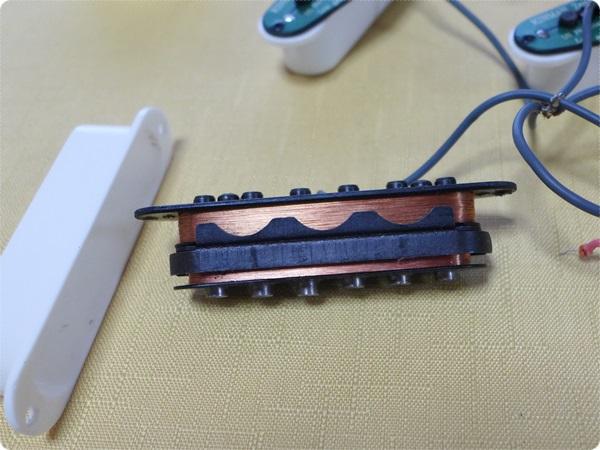 KINMAN ( キンマン ) AVn-Blues Set は、スタックタイプのハムバッキング構造のピックアップ