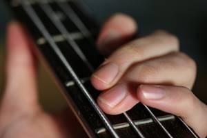 ベース・ギターのフレーズをコピー