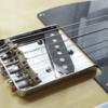 2種類の弦の張り方を楽しめるテレキャスター用ブリッジ
