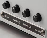 XOTIC XW-1のコントロールパネル
