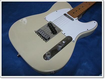 FenderのAmerican Standardの6連サドル