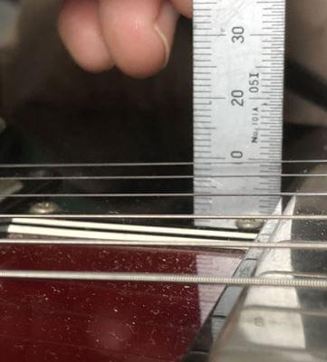 Gibson SGの弦高