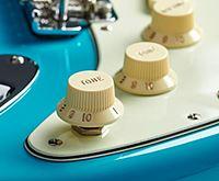 Fender American Professional Stratocasterのプッシュ/プッシュ・スイッチ