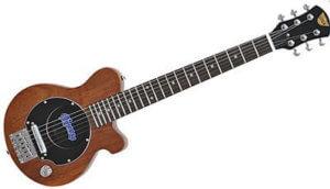小さくても本格派 ミニギター特集
