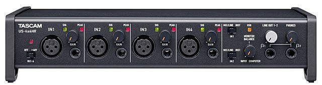 TASCAM US-4x4HR コントロールパネル