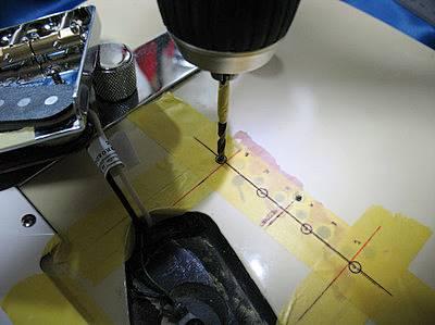 フェンダーのアメリカンスタンダード・テレキャスター(現行モデルだとAmerican Ultra Telecaster)の見た目をサウンドを変えるべく大改造を実施